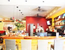 ファイブ・オー・バー&ラウンジ/Five-O Bar & Lounge