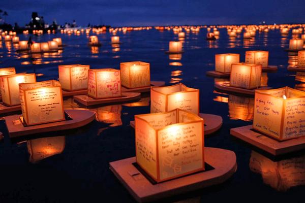 Lanterns-Floating.jpg