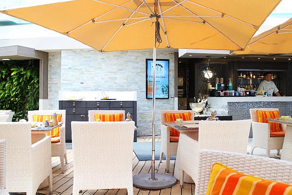 re_Crystal_restaurant.jpg