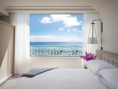 TMH Ocean Front Suite2.jpg