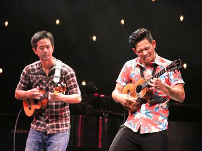 Jake_Shimabukuro_Concert3-400.jpg