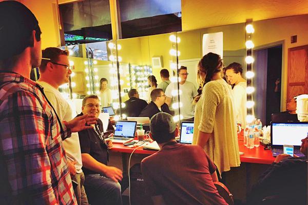 team meeting_600.jpg