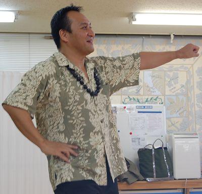 hula3.jpg