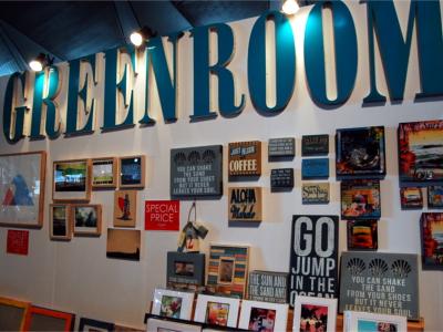 8-Green Room.jpeg