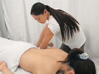 32_3SS_EMassage_massage.jpg
