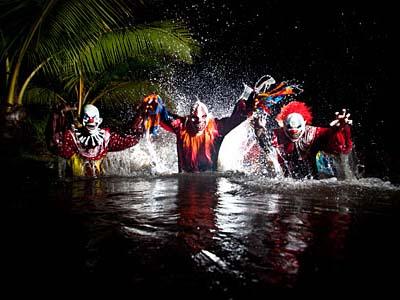 Clowns-03_400.jpg