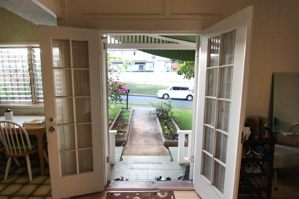 3-porch.jpg