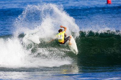 surfing_05.jpg