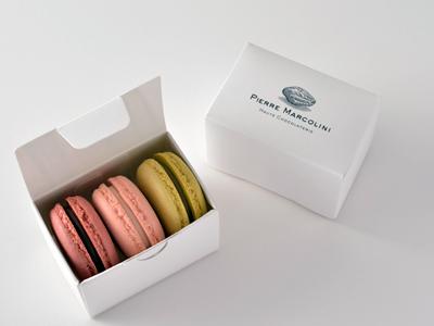 macaron-small-gift.jpg