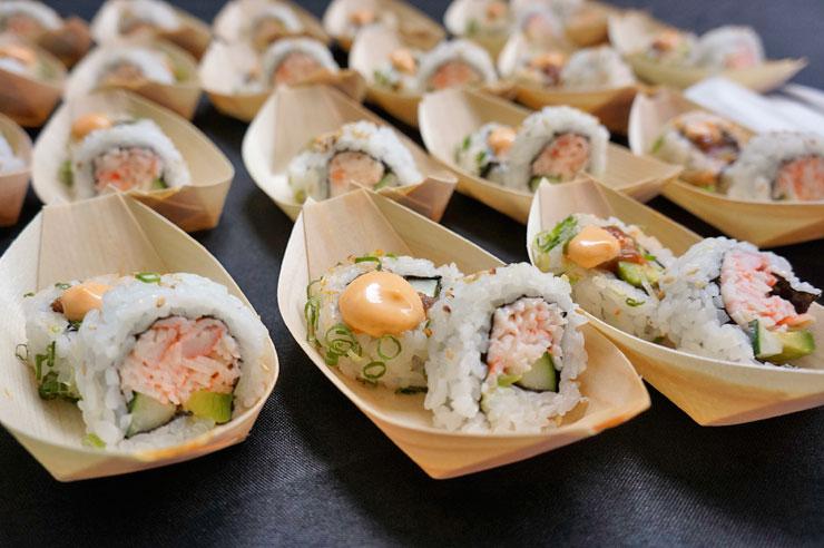 カクスシ&シーフード・ビュッフェの寿司ロール。(こちらはビュッフェ・スタイル・レストランのため、イベント価格は適用されません)