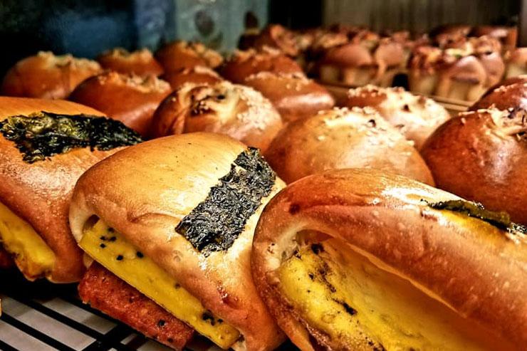 オープン2周年記念でパンが2ドル、ポイントも2倍