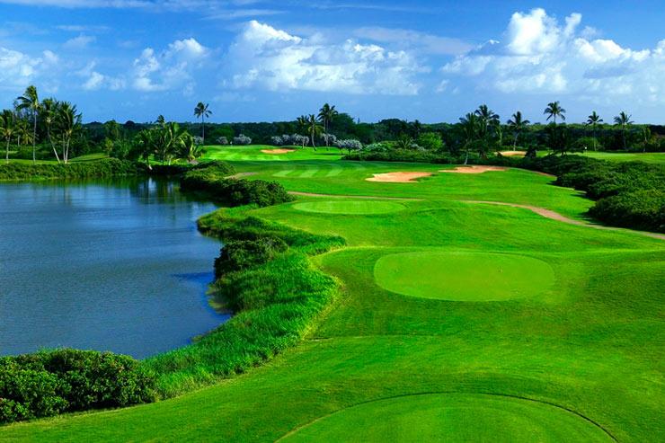 ワイキキでは唯一ホテルが運営するゴルフ場を持つ