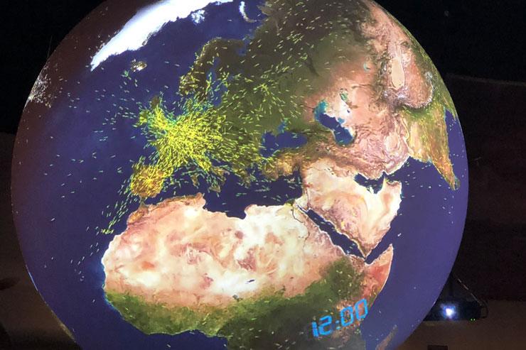 Science on the Sphereで飛行機の動きを調査したもの