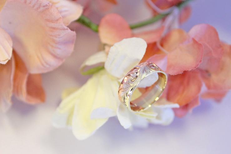 プルメリアのリングは結婚指輪におすすめ