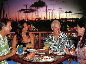 海を見ながらロマンティックなお食事を満喫