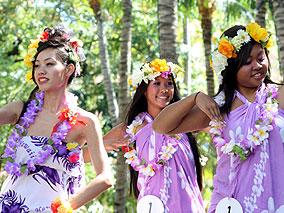 ハワイアン王家ゆかりの地で舞うロコガール