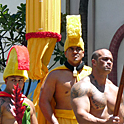 カメハメハ1世生誕を祝う華やかなパレード