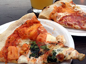 出来たてビール&噂のピザが楽しめるお店!