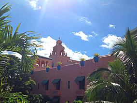 ピンクパレスはエキゾチックハワイのお手本