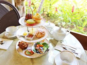 紅茶の本場イギリスとハワイが香る新カフェ