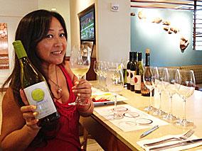 水&金曜は$18で6種類のワインを味わおう!【ハイアット プレイス ワイキキ ビーチ】