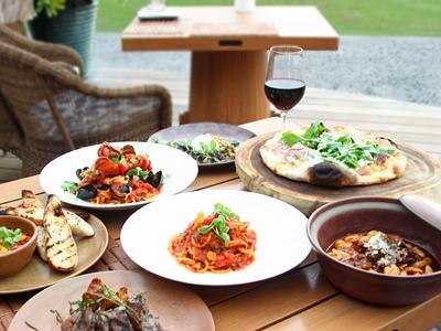 ビーチツリーでハワイ食材の感動ディナーを【フォーシーズンズ・リゾート・フアラライ】