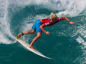 シーズン到来!注目のサーフィン大会2014