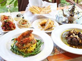 おしゃれな異空間でモロッコ&レバノン料理