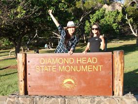 ダイヤモンドヘッド登山とパンケーキツアー