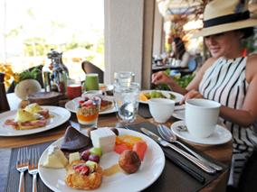 ラナイ島で朝と夜二度美味しいレストラン