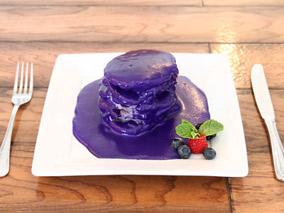 衝撃!むらさき色パンケーキの調査へGO【ヨーグル・ストーリー】