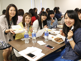 名古屋の女子大生が編集部にやってきた!