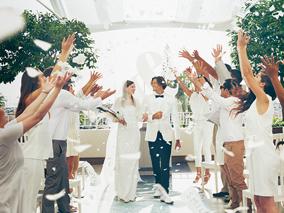 大人婚に朗報!超クールなハワイ挙式が誕生【アールイズ・ウエディング】