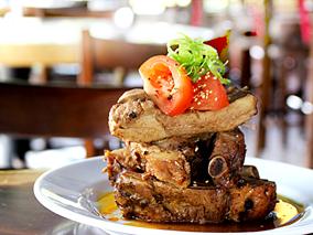 ハワイ島のフィリピン系Newグルメがすごい【エーベイ・アイランド・グリル/A-Bay's Island Grill】