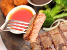 有名中華店のステーキが本格的でスゴイ件【シーフード・ヴィレッジ】
