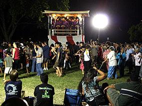 ハワイの夏を盛り上げる「盆ダンス」へ!