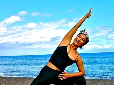 オーシャンヨガでマウイ島の自然を体感