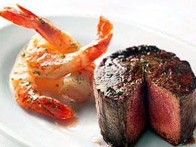 特別な日のディナーは厚切り正統派ステーキ