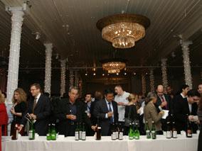 日本酒と食事を楽しめる大人のイベント開催