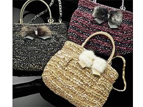 キラキラ&リボンの新作バッグはいかが?