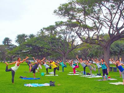 ハワイのヨガフェスタでワンダーな体験を