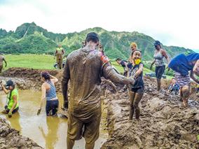 クアロア牧場で開催!泥んこ障害物レース
