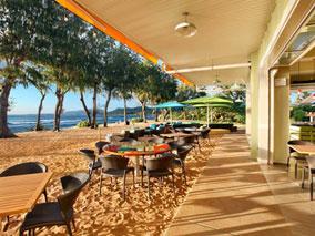 ビーチが目の前!カウアイ島の新レストラン