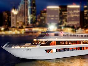 ホノルルの夜を最新のクルーズ船で満喫