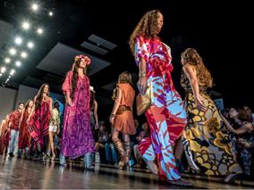 秋にホノルル・ファッションウィーク開催