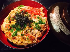 カイルアの和食処でうなたま丼を食そう