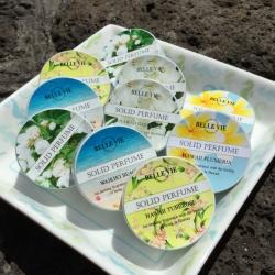 全部で5種類!ハワイの香りの練り香水♪