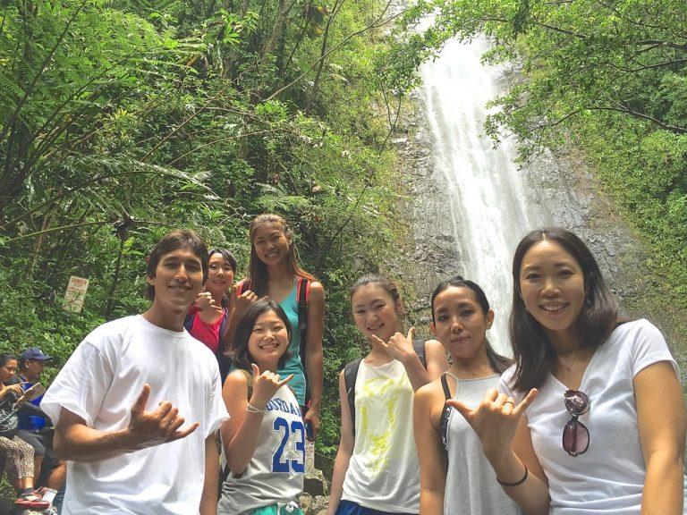 マイナスイオンいっぱい!マノアの滝ツアー