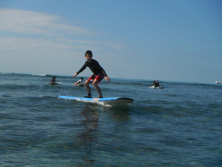 泳げなくても安心してサーフィン!!