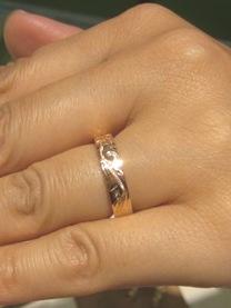結婚指輪にコアナニピンクゴールドリング